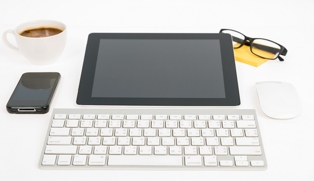 Bluetooth & Wireless Keyboard with Touchpad for iPad